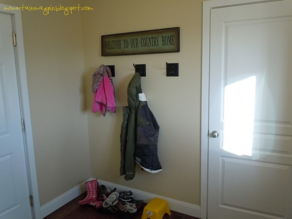 DIY Mudroom {Gypsy Magpie}