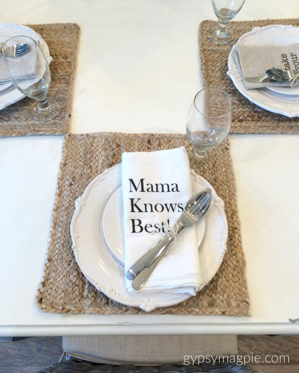 Mama knows best napkins! How fun is this simple place setting?! | Gypsy Magpie