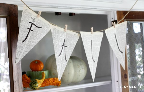 10 minute crafts are my favorite! This simple pennant banner made from old book pages is as simple as it gets! | Gypsy Magpie