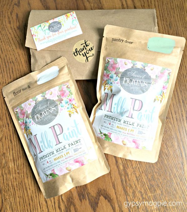 Sweet Pickins Milk Paint has the prettiest packaging! It would make a great gift for a DIY-her! | Gypsy Magpie