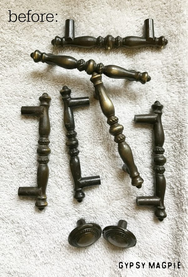 Want to know the best methods for cleaning tarnished brass hardware? Then this post is for you! | Gypsy Magpie