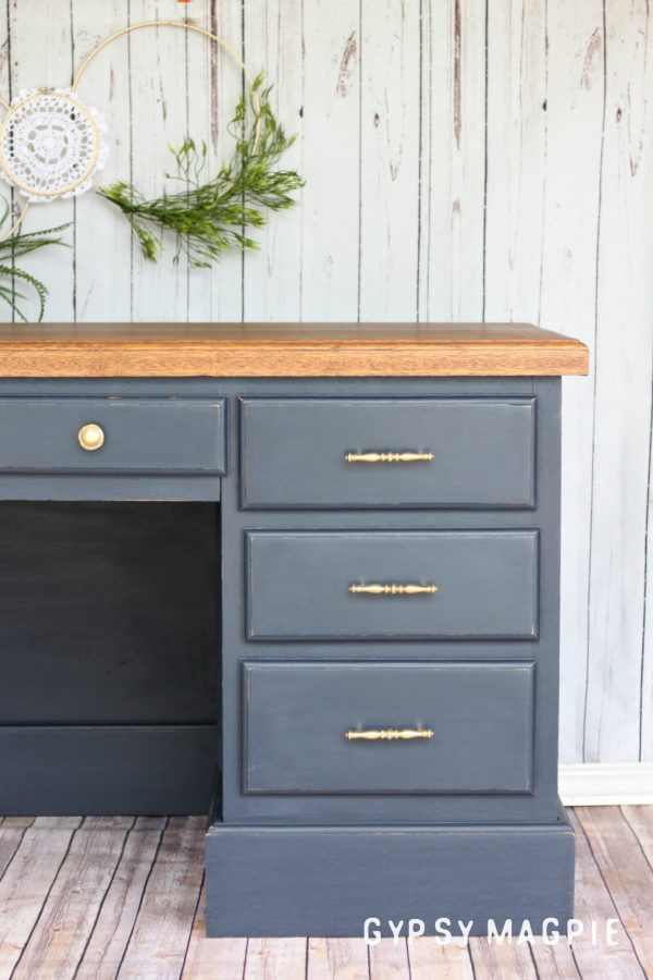 Fusion Mineral Paint + an old shop desk = happiness | Gypsy Magpie