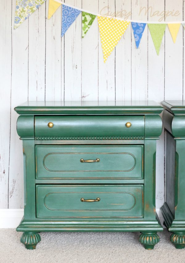 Green and brass! My favorite combination! | Gypsy Magpie