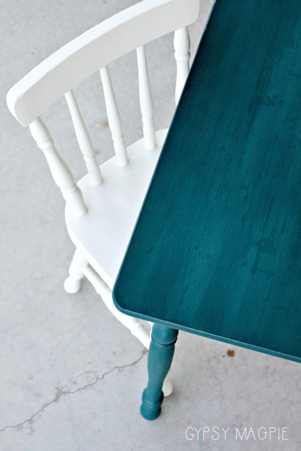 A hand brushed technique gives this peacock blue table a washed effect. So pretty! | Gypsy Magpie