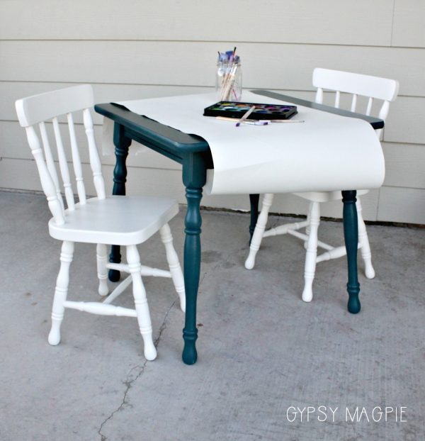 I'm loving how this peacock blue kids table and chair set turned out! So fun! | Gypsy Magpie