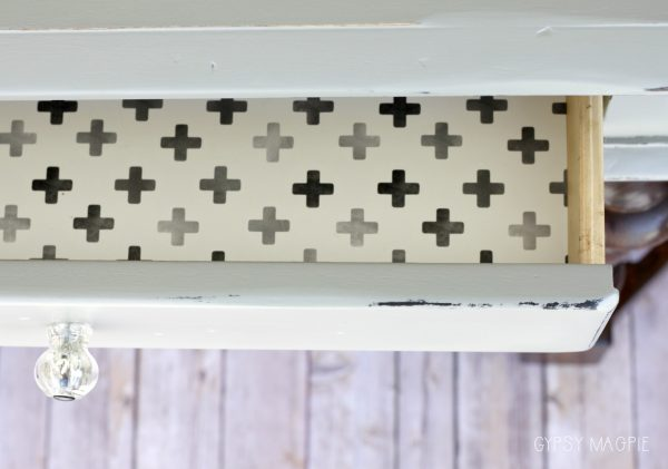 Love me a papered drawer! | Gypsy Magpie