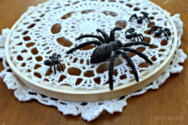 This whimsical little spider web doily is perfect for farmhouse Halloween decor! | Gypsy Magpie