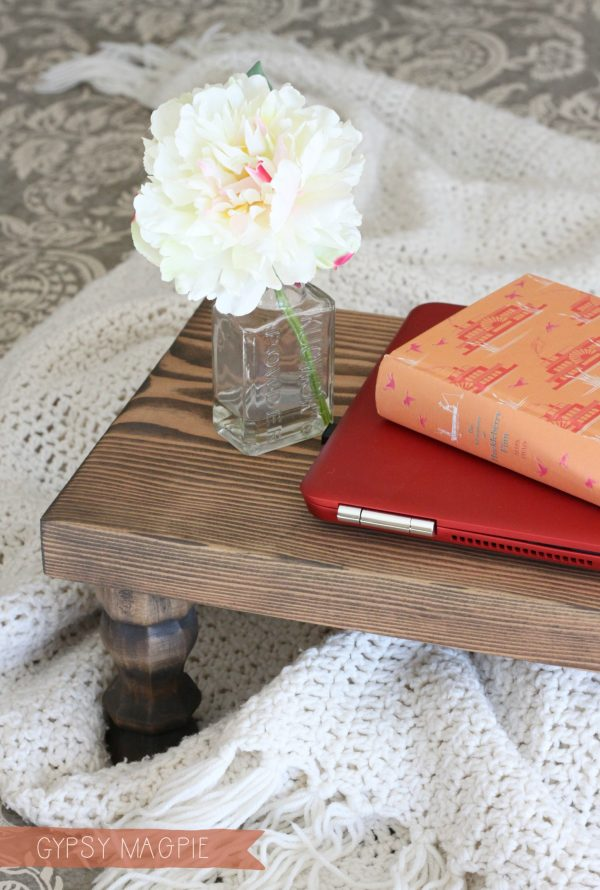 DIY Farmhouse tray. Perfect for Christmas gifts! | Gypsy Magpie