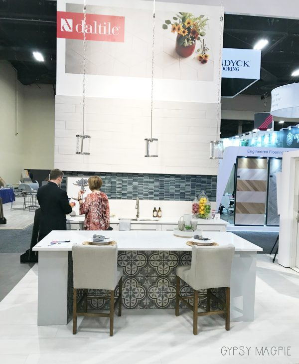 Daltile's Surfaces 2018 display kitchen was so cute! | Gypsy Magpie