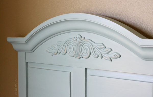 These French Lane headboards are darling and so shabby chic!   Gypsy Magpie