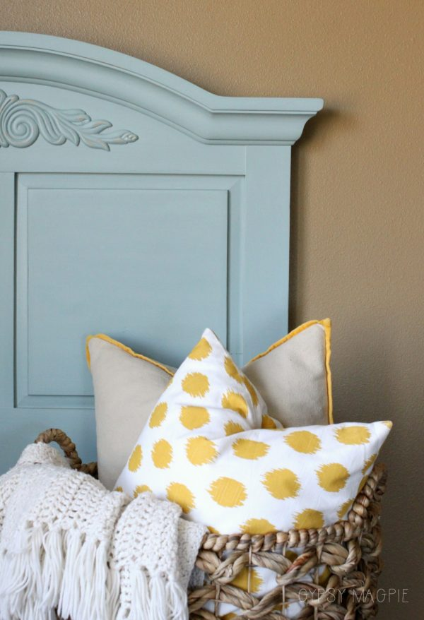 This darling twin headboard is painted in French Lane by Amulent Paint | Gypsy Magpie