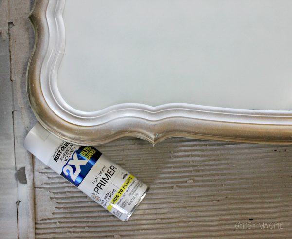Spray primer is the first step to turning a mirror into a chalkboard | Gypsy Magpie