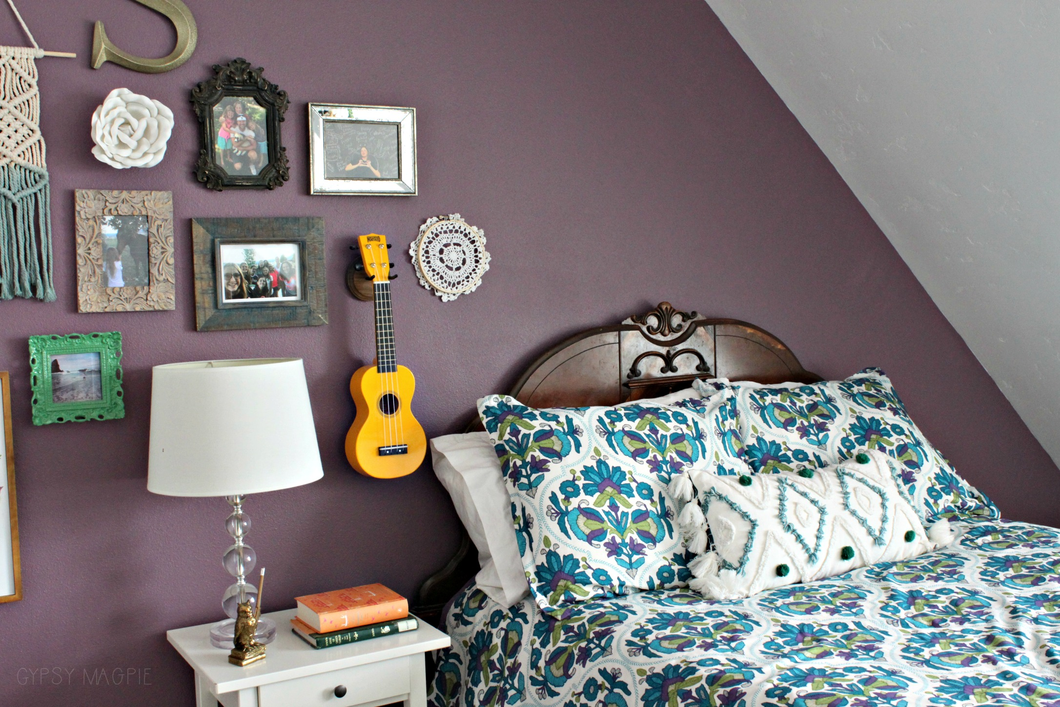 Teen boho bedroom with eclectic gallery wall | Gypsy Magpie