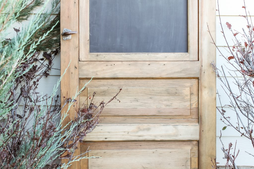old vintage screen door turned fun chalkboard | gypsy magpie