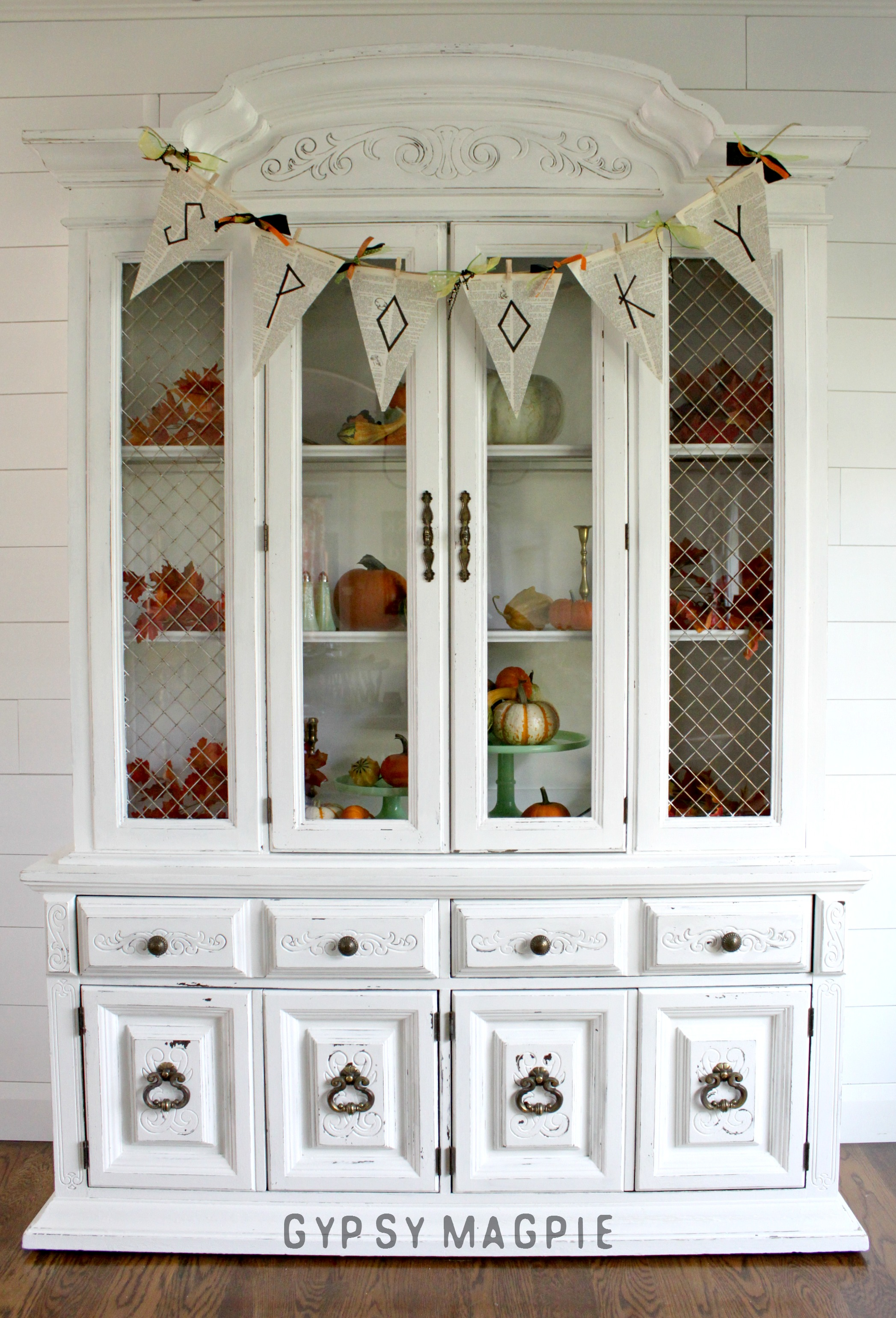 1980s Pure White Hutch. From hellish to heavenly with a whole lot of work! | Gypsy Magpie