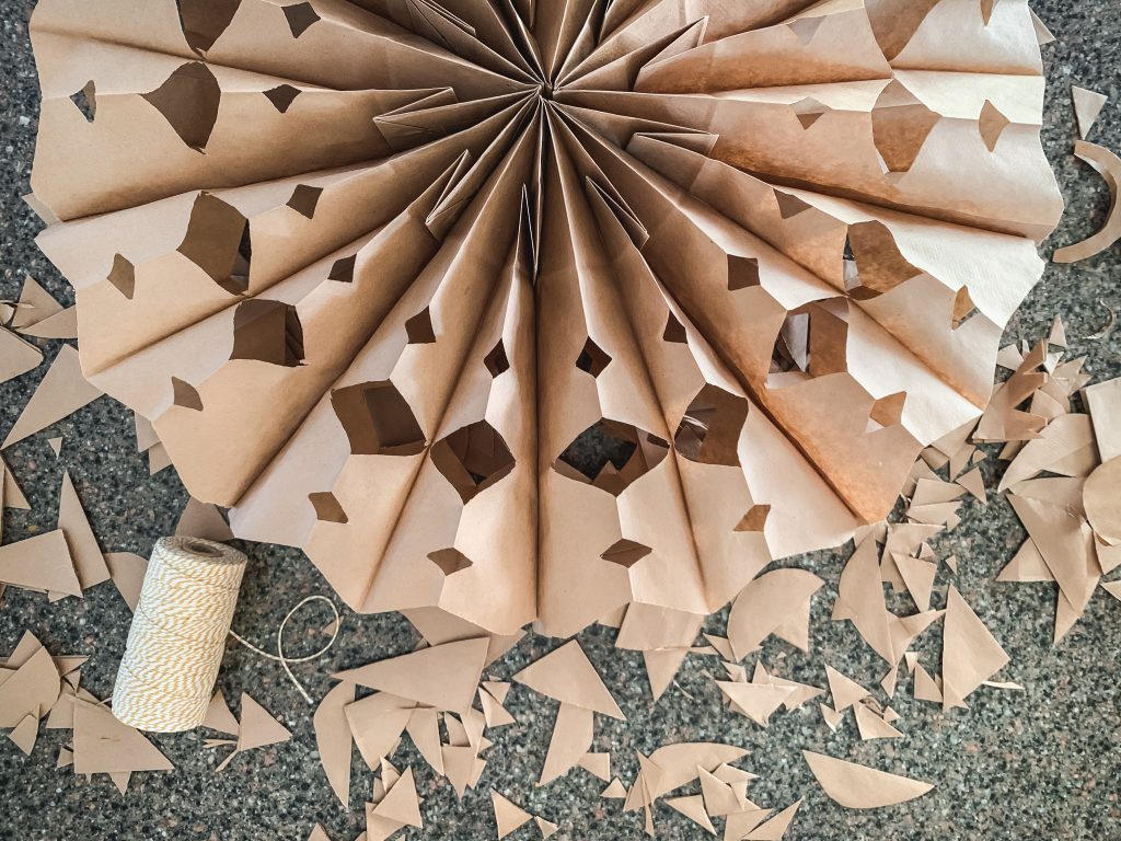 Making paper sack snowflakes | gypsy magpie