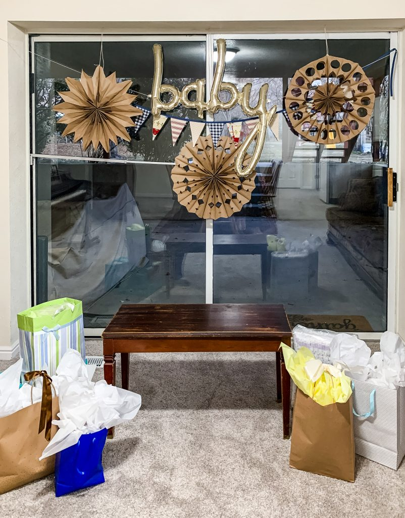 Paper sack snowflakes for a virtual baby shower backdrop | gypsy magpie